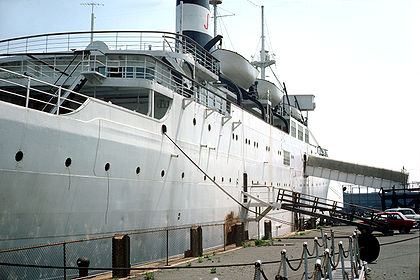 SS Stevens stern from pier 01.jpg