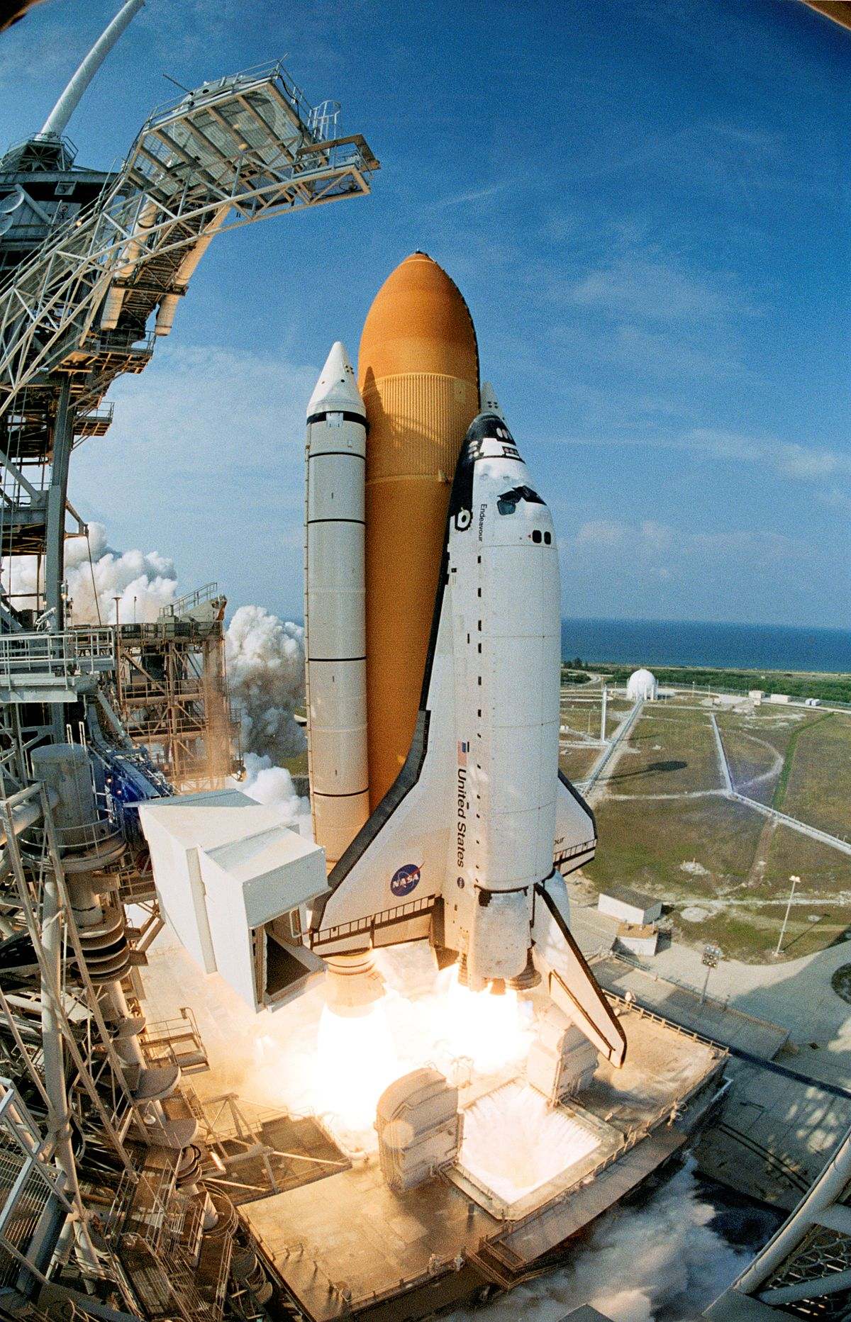 where is endeavour space shuttle right now - photo #24