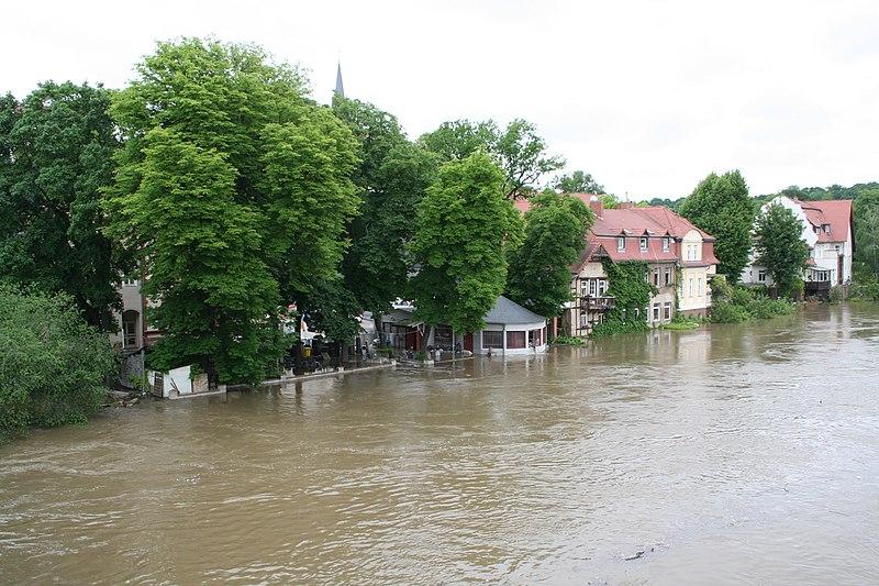 File:Saalehochwasser Halle 2013-06-03 014.JPG