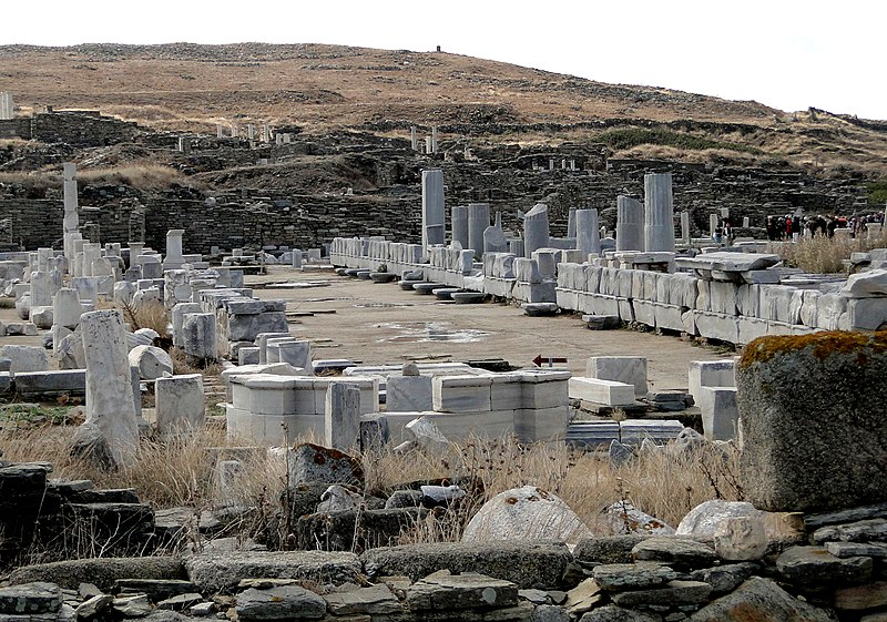 File:Sacred Way, Delos 03.jpg