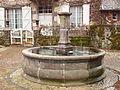 Saint-Chamant-FR-15-fontaine-1.jpg