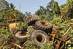 Sandakan Sabah Construction-machines-scrapyard-01.jpg