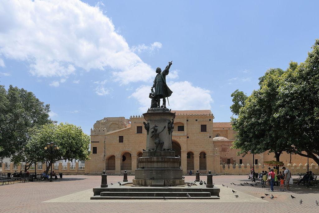Santo Domingo - Catedral Santa Maria La Menor i pomnik Kolumba