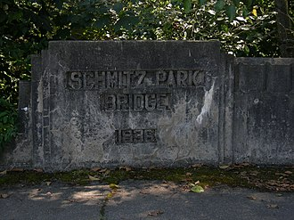 Schmitz Park Bridge - Image: Seattle Schmitz Park Bridge sign