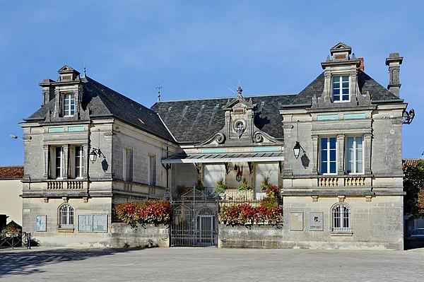 La  mairie de Segonzac