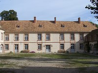 Senlisse Château.JPG