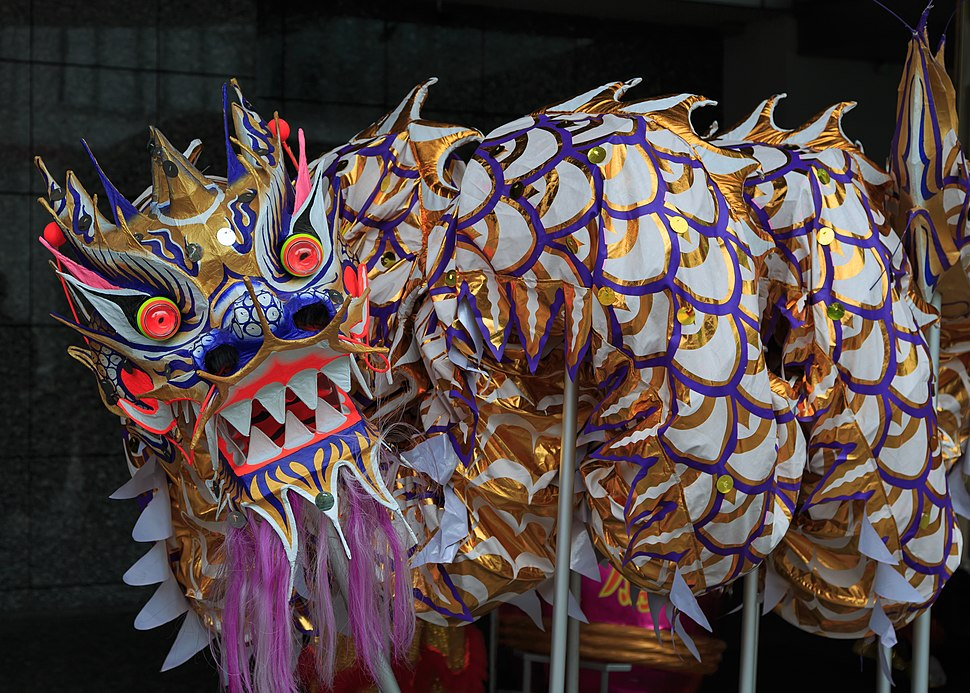 Singapore Dragon-used-for-traditional-dragondance-01