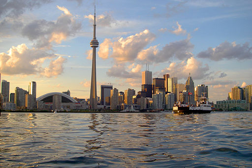 Skyline of Toronto viewed from Harbour - By John Vetterli (originally posted to Flickr as Skyline) [CC-BY-SA-2.0 (http://creativecommons.org/licenses/by-sa/2.0)], via Wikimedia Commons