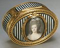Snuffbox with portrait of a woman MET ES5834.jpg