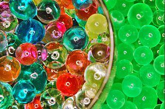 Sodium polyacrylate - Image: Sodium polyacrylate