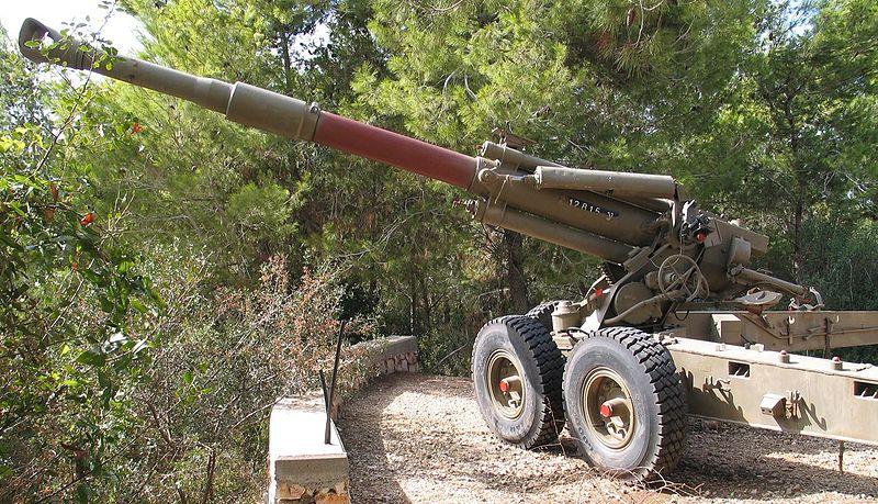 المدفعيه المصريه والسوريه والاسرائيليه  800px-Soltam-howitzer-beyt-hatotchan-2