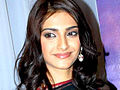 Sonam Kapoor, Sridevi at singer Raveena's album launch.jpg