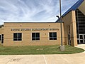 South Euless Elementary School with marker (42353754781).jpg