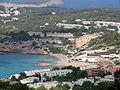 Spanien, Ibiza, Westküste, Blick zur Bucht von Cala Tarida - panoramio.jpg