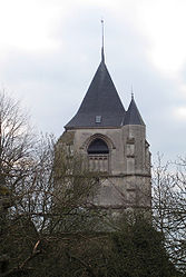 St-Maulvis clocher 1.jpg