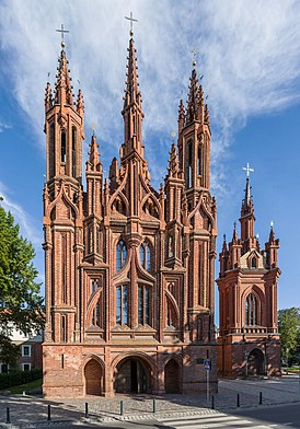 St. Anne's Church Exterior 3, Vilnius, Lithuania - Diliff.jpg