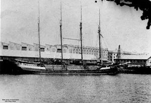 Matthew Turner (shipbuilder) - The four-masted schooner Ariel in dock