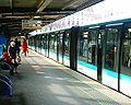 Station de la Bastille Ligne 1 - Quais 02-03-06.jpg