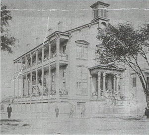 Dillard University - Photo of an early building on the Straight University campus