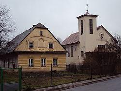 Sudkov kostel + stavení.JPG