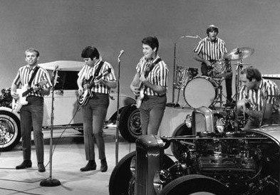 Sullivan Beach Boys (cropped)