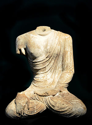 Tianlongshan Grottoes - Image: Tang Torso Sitzender Buddha Museum Rietberg
