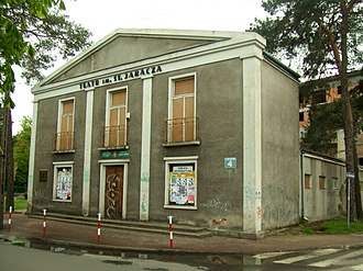 Calel Perechodnik - The former Oaza cinema in Otwock, run by the Perechodnik family, later rebuilt as a theater and now undergoing renovation.
