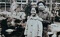Teresa Teng & mother 2.jpg