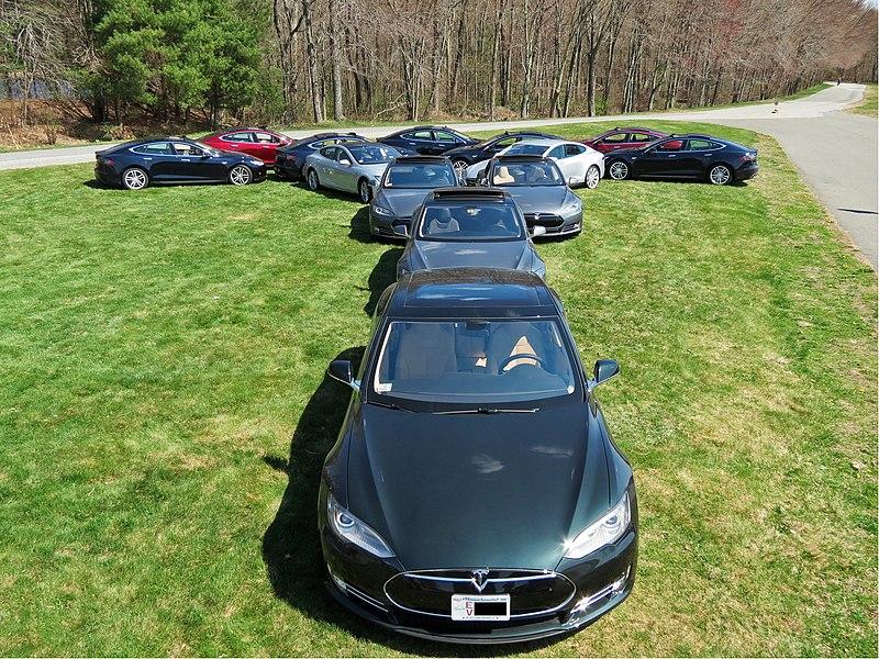 File:Tesla T made by Model S cars.jpg