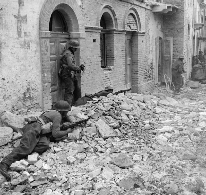 The British Army in Italy 1943 NA9996