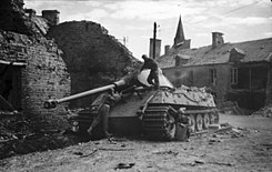 The British Army in the Normandy Campaign 1944 B8947.jpg