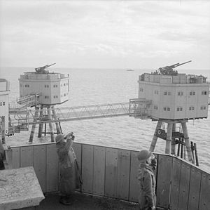Maunsell Forts - Army fort in active service