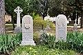The graves of John Keats & Joseph Severn.jpg