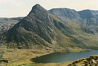 The north side of Tryfan - geograph.org.uk - 686166.jpg