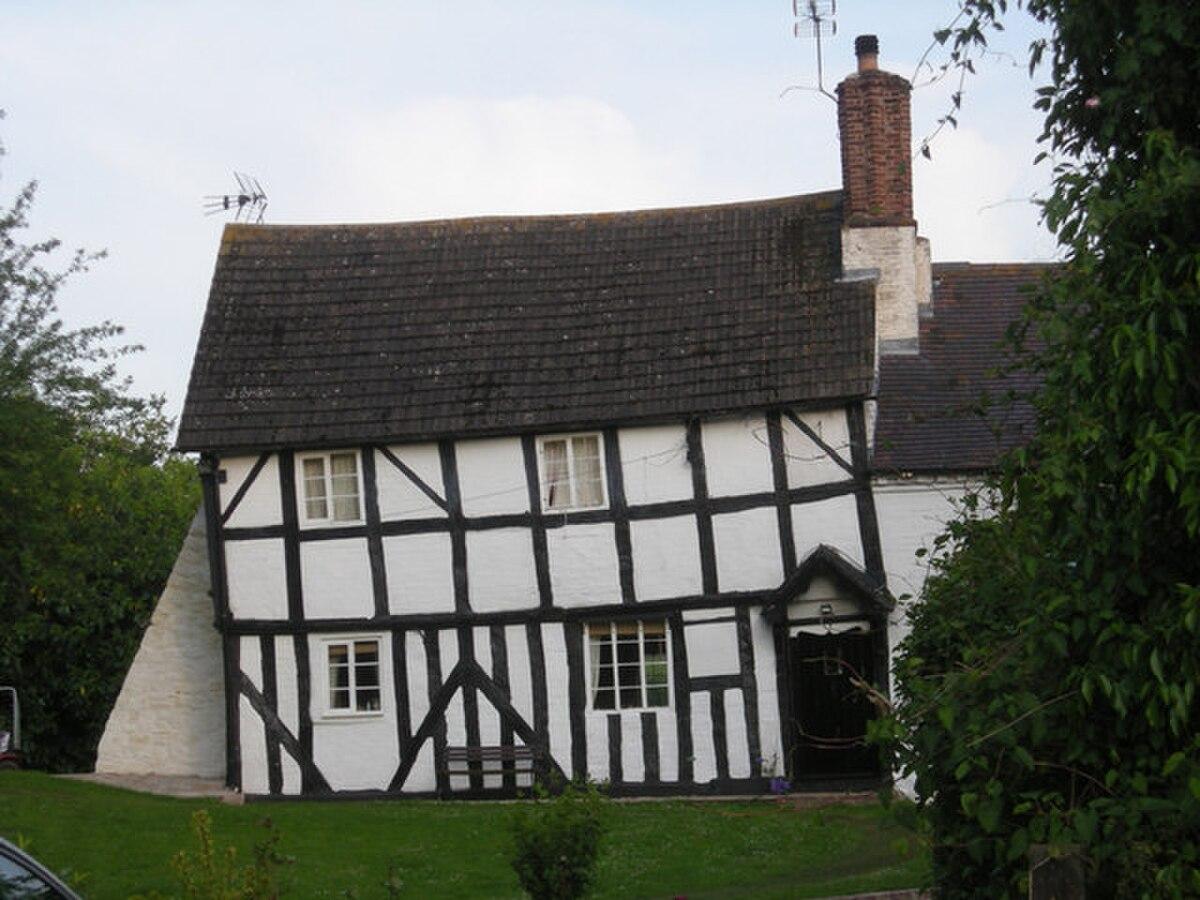 Timber framed house in Claverley, Shropshire, England.jpg
