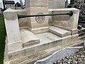 Tombe Pierre Daumesnil Cimetière Ancien Vincennes 4.jpg