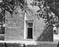 Toreningang met gevelsteen - Grouw - 20398200 - RCE.jpg