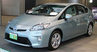 http://upload.wikimedia.org/wikipedia/commons/thumb/2/26/Toyota_Prius_S_%22Touring_Selection%22.jpg/320px-Toyota_Prius_S_%22Touring_Selection%22.jpg