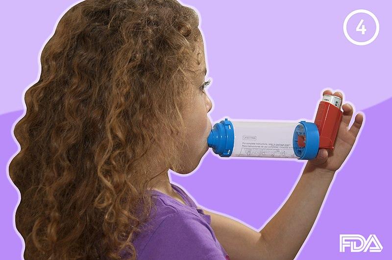 File:Treating Kids with Asthma.jpg