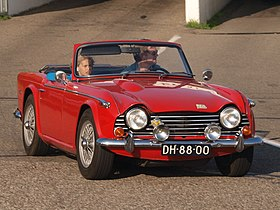 Triumph TR250 dutch licence registration DH-88-00-.JPG