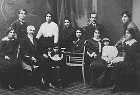 Image result for հովանես թումանյան ու իր ընտանիքը