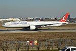 Turkish Airlines, TC-LJG, Boeing 777-3F2 ER (46722347105).jpg