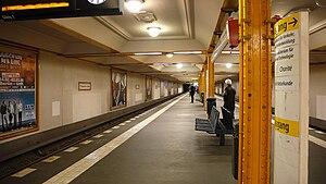 Naturkundemuseum (Berlin U-Bahn) - Platform of Zinnowitzer Straße