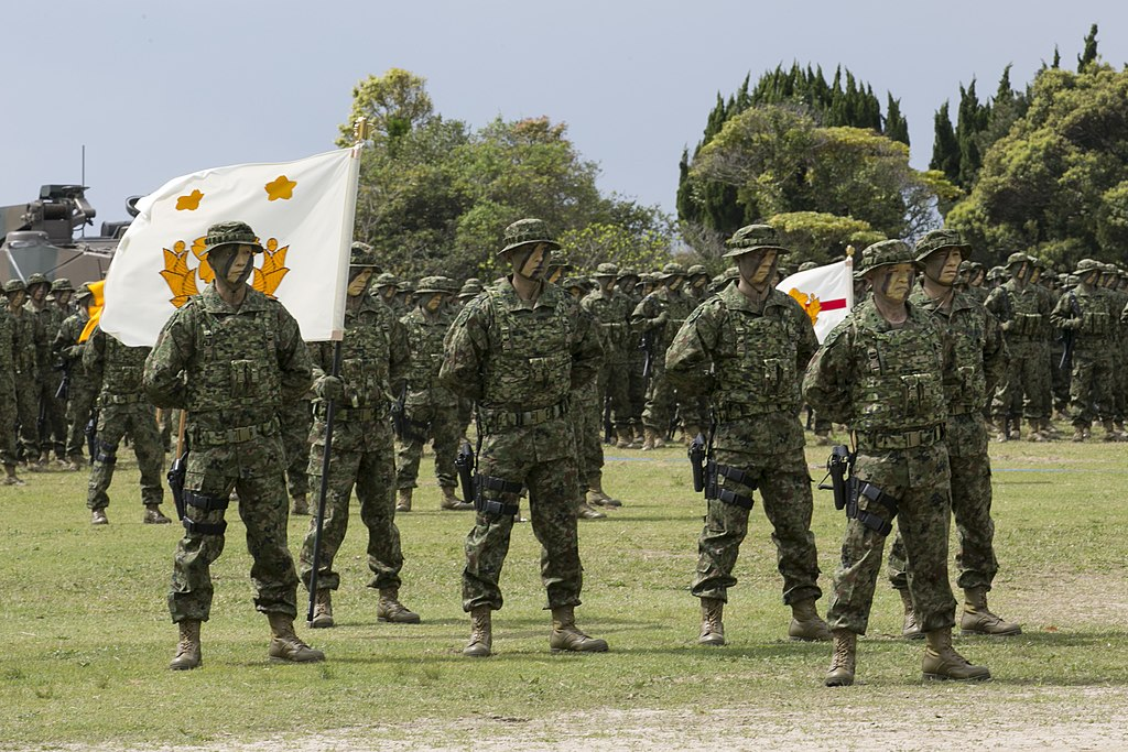 US Marine Corps photo 180407-M-OP674-023 BLT 1/1 Marines work alongside JGSDF during Japanese Amphibious Rapid Deployment Brigade's unit-activation ceremony.jpg