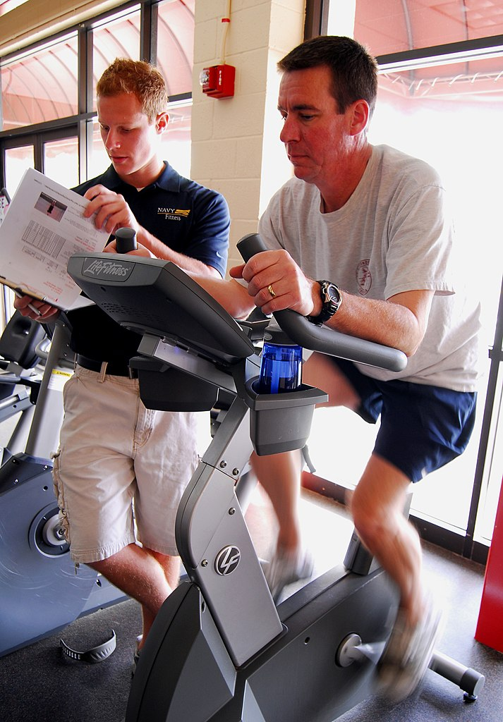 File Us Navy 090205 N 2183k 027 Cmdr Robert Chase Performs A Cardio