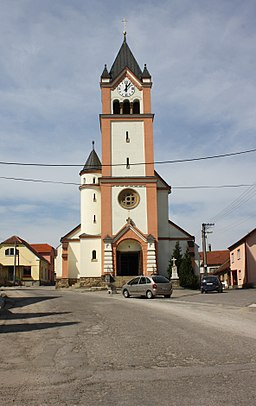 Uhřínov, church.jpg