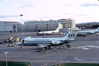 Oslo Airport location controversy - Three Scandinavian Airlines aircraft at Fornebu in 1972; in the foreground a DC-9-20, a DC-9-40 with an Sud Aviation Caravelle furthest away.