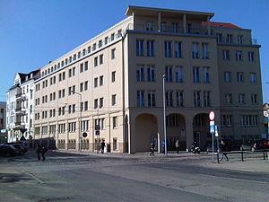 Uniwersytet Ekonomiczny w Poznaniu - budynek C 01