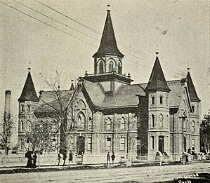 Provo Tabernacle - The Provo Tabernacle in 1914, before the center tower was removed.