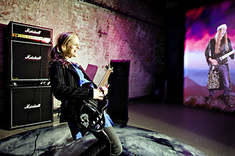 Rockheim - The Ronni Room, where visitors can try playing rock guitar